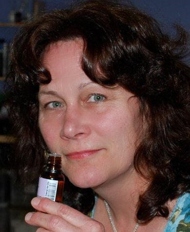 Interview With Liz Fulcher, The Fragrant Muse!