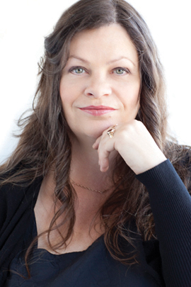 Interview With an Australian Aromatherapist: Julie Nelson of Aromatique Essentials