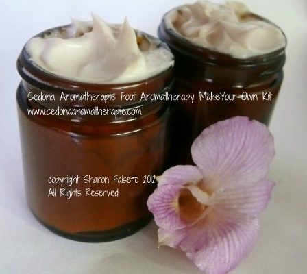 http://www.sedonaaromatherapie.com/make-your-own-aromatherapy-products-kits.html