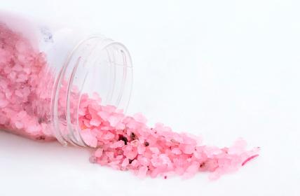 Aromatherapy bath salts recipe for jetlag, istockphoto, used with permission