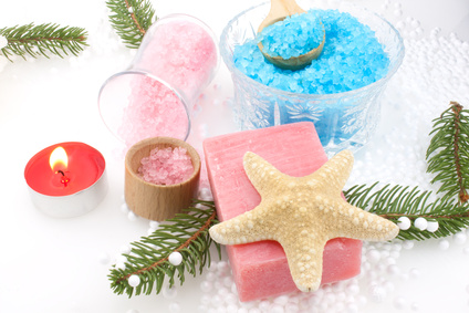 Holiday Aromatherapy Gifts: Photo Credit, Fotolia