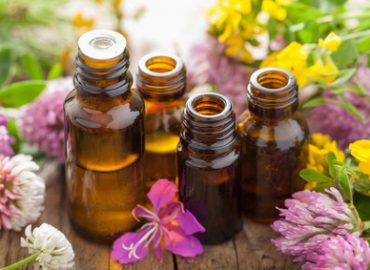 Essential Oils for Beginners: Photo Credit, Fotolia